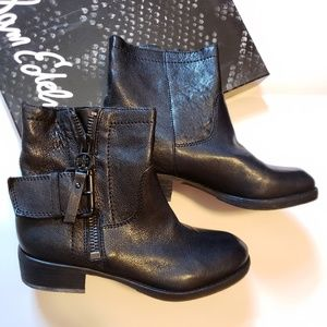 *NEW* Sam Edelman Kacey Ankle Boots 6M